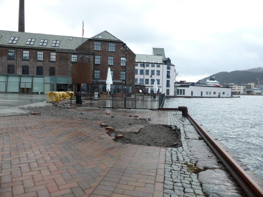 Stormen Nina som herjet Bergen. Uvær orkan.