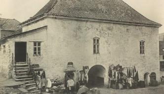 Halshugging på Nordnes og Murens historie