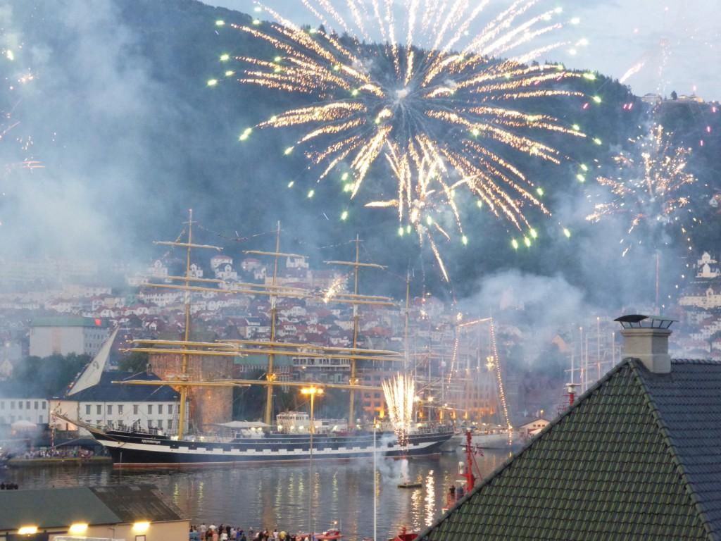 Her er fyrverkeriet fra Tall Ships Races i fjor. Foto: Eva Johansen