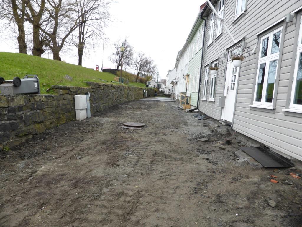 Her er veien fikset og det er bare asfalt som gjenstår. Foto: Eva Johansen