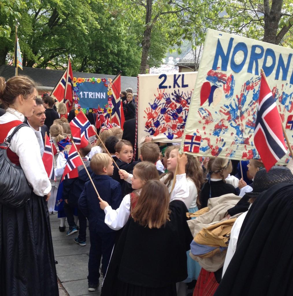 Nordnes skole i toget i fjor. Foto: Privat