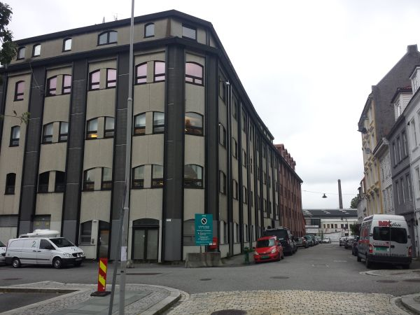 Her ser vi TV2-byggene. Foto: Eva Johansen