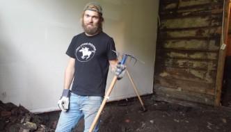 «Anno»-Enok graver i gammelt hus på Nordnes
