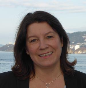 Redaktør Eva Johansen håper leserne liker avisen.