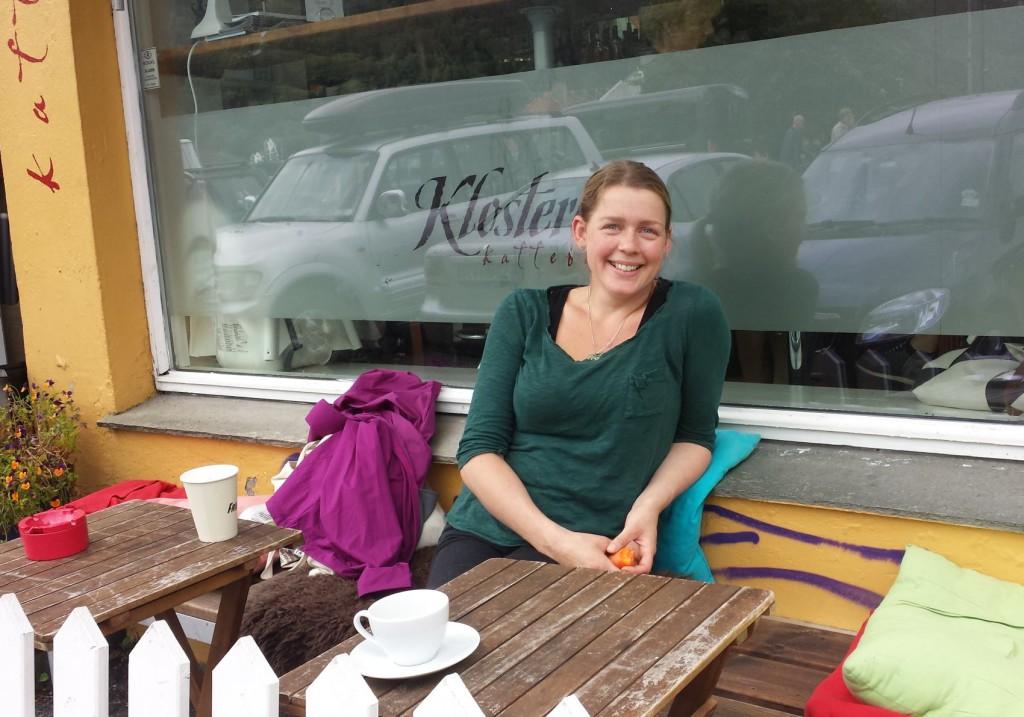 Siren Myrmel (31) er ny kokk og medeier på Klosteret kaffebar på Klosteret. Foto: Eva Johansen