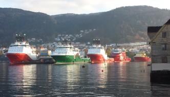 Forkorter ned forskriften for bruk av havnen