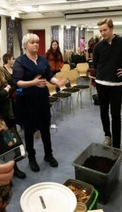 Elin Hestenes i Bærekraftige Liv på Nordnes. Foto: Hanne Indrehus.