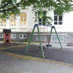 Oppgradering av lekeplasser utsatt