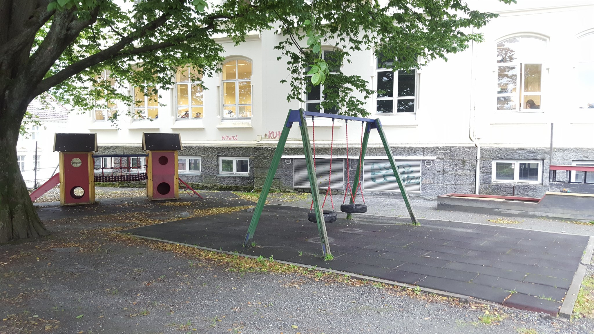 lekeplass_front