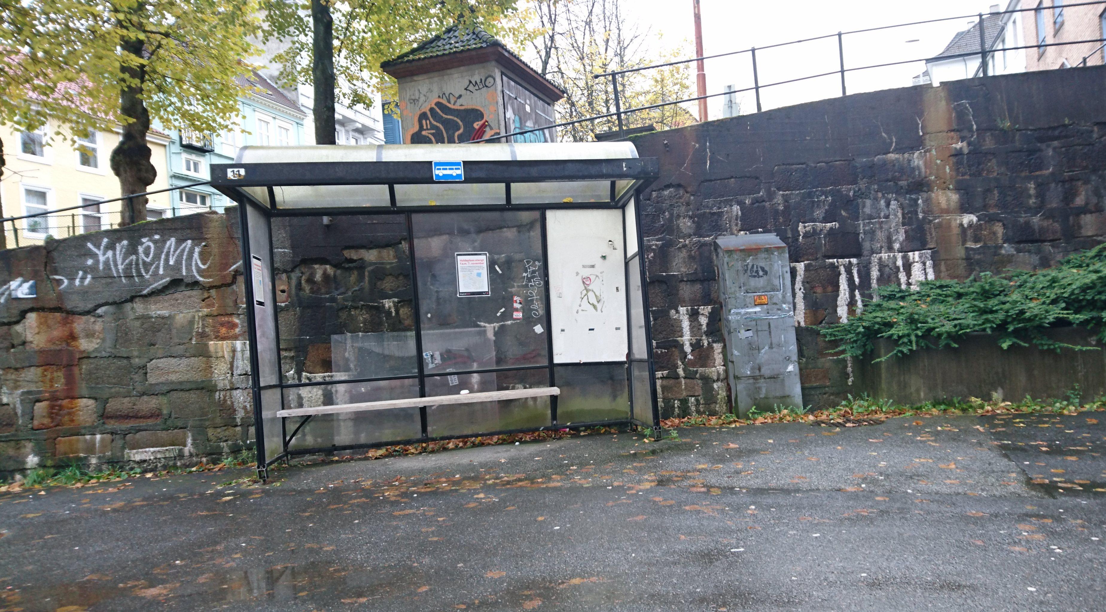 Fra onsdag hjelper det ikke å vente på bussen på dette busstoppet.
